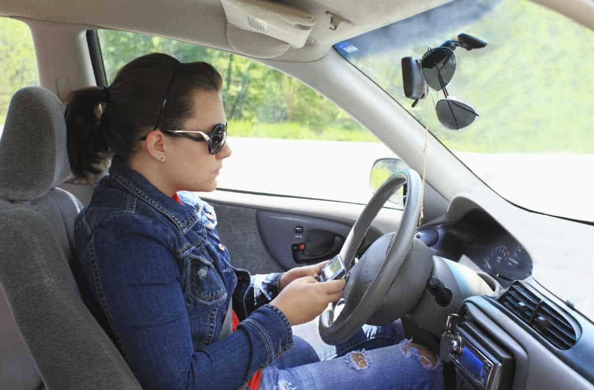 Lawyer.com - Many Teenage Motorists Pose Serious Threat to ...