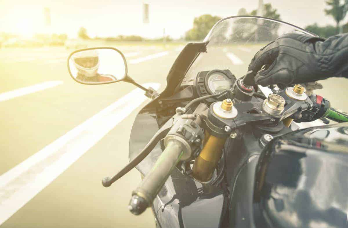 Common Causes of Motorcycle Accidents in Chicago 1