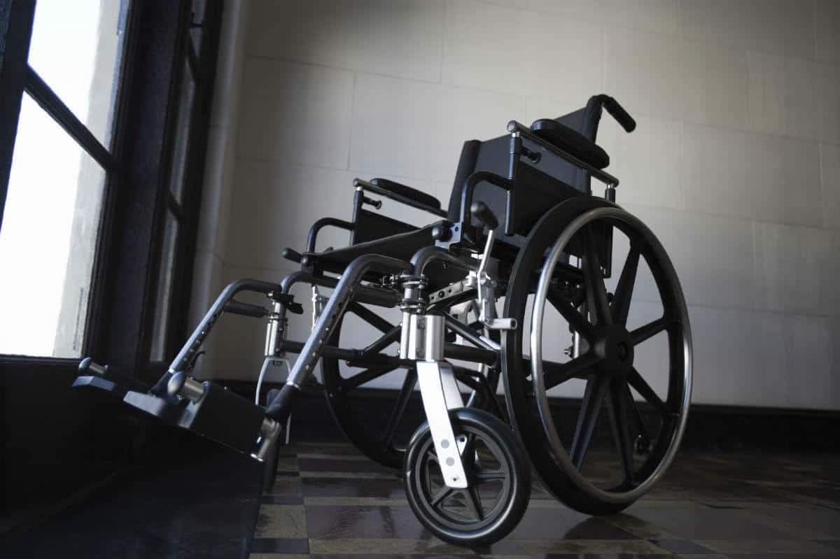 chicago car wreck attorney paralysis