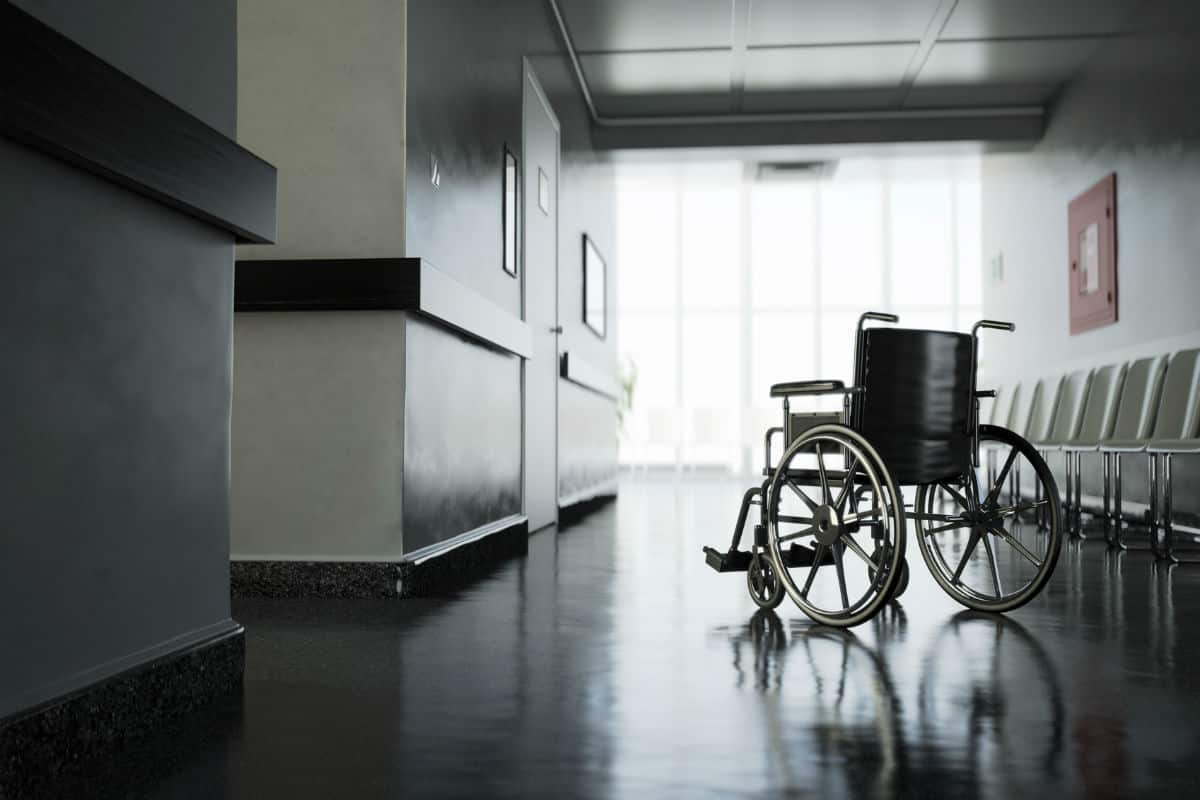 chicago auto crash spinal cord injury
