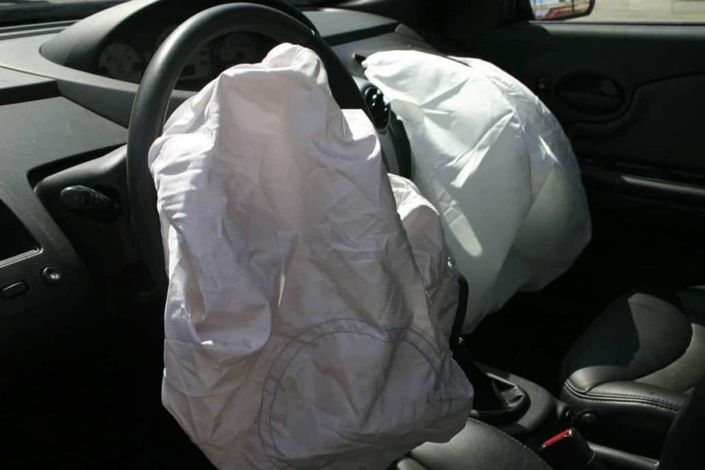 chicago car crash attorney airbags