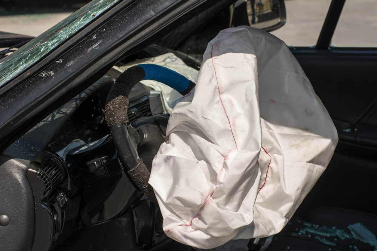 Mercedes Defective Airbags