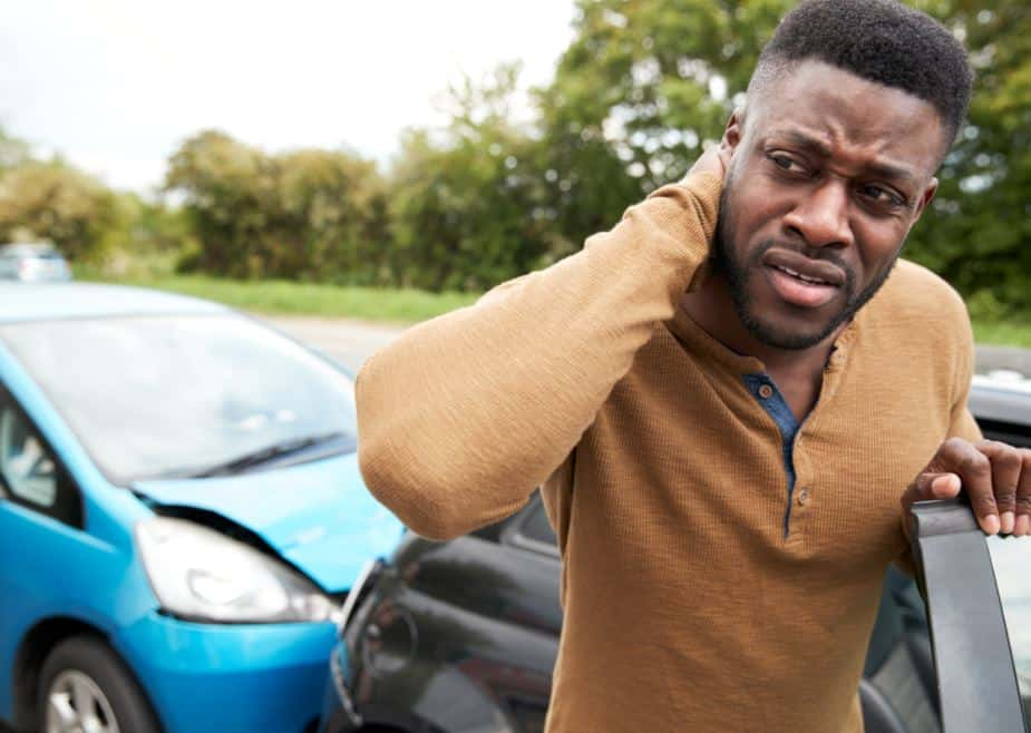 factors to consider before hiring a car accident attorney in chicago